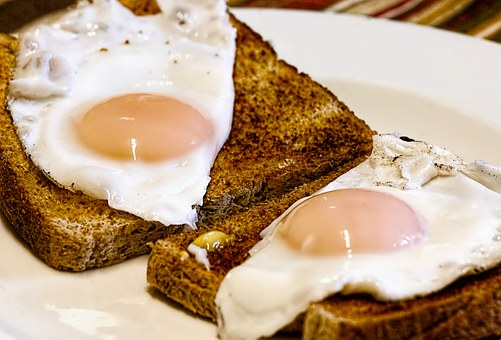 朝ご飯・エッグトースト
