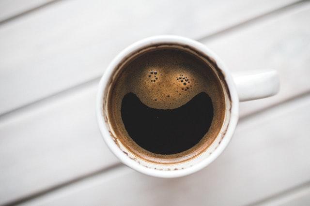 コーヒー 飲み物