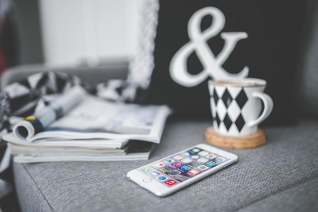 iPhone マグカップ