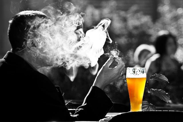 タバコとビール