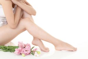 アンテロープレッグスリマー_脚の細い女性イメージ