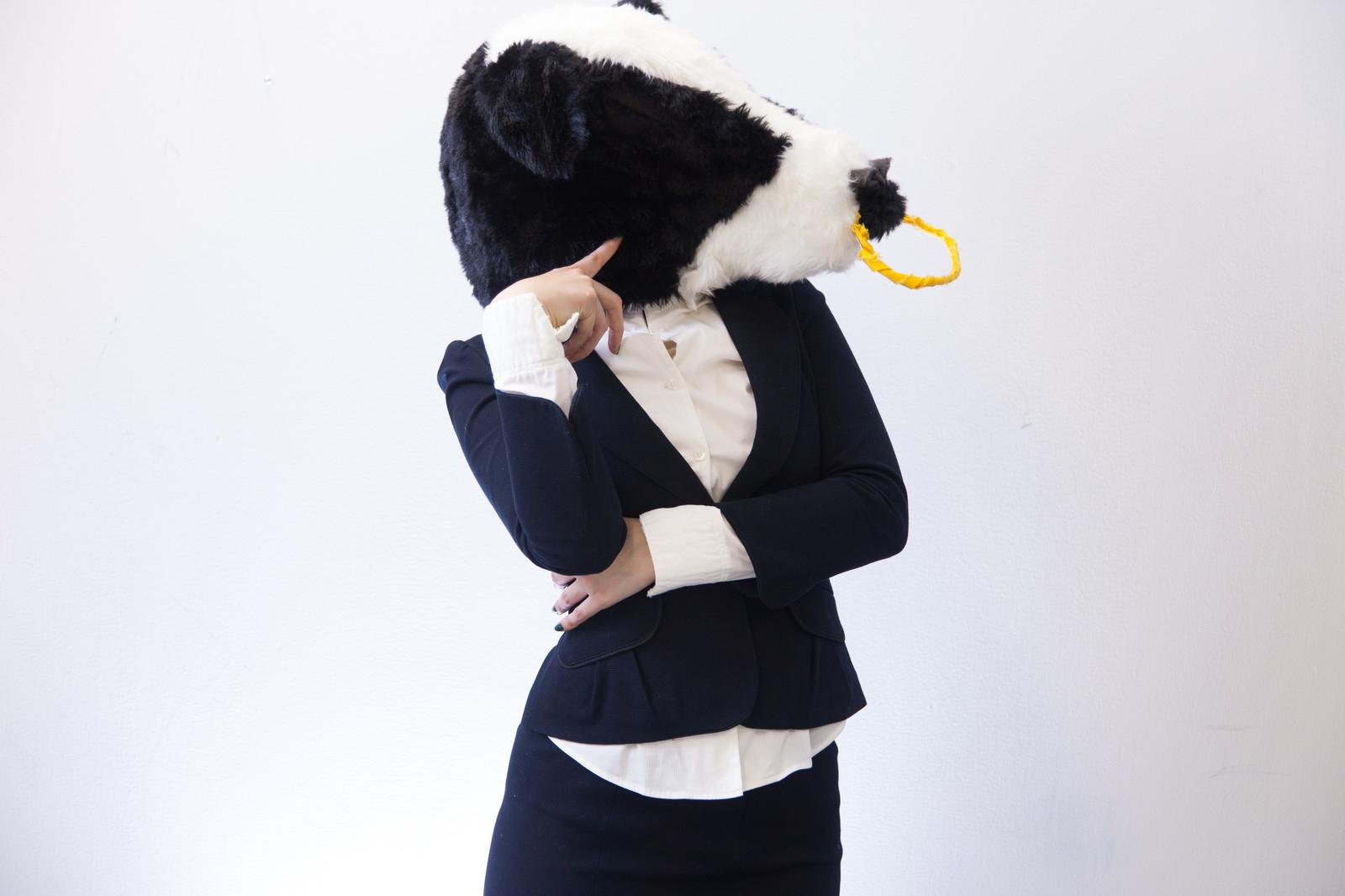 アンテロープレッグスリマー_悩む女性のイメージ