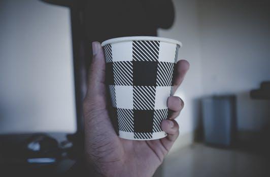 白黒紙コップ